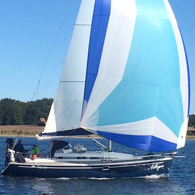 Quantum-Cruising-Downwind-Segel