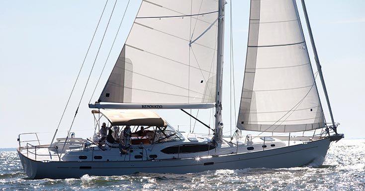 Cruising-Upwind-Sails-Crosscut