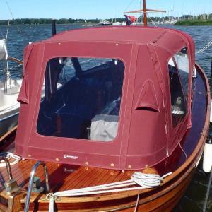 Sprayhood und Anschluss Tuckerboot